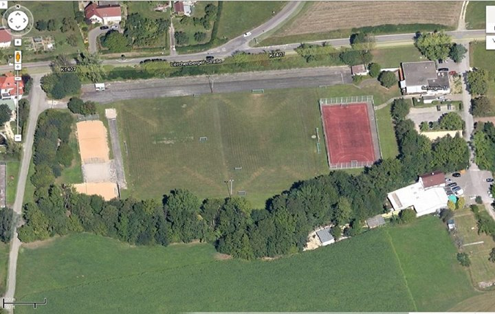 Sportplatz luftbild for Koch holzwerke