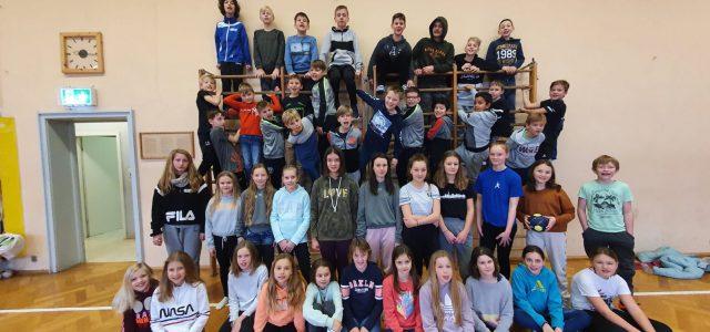 Wieder mal ein gelungenes Event für unsere kleinen Handballer. Am Freitag trafen sich 50 Kinder aus E-Jugend weiblich und männlich sowie D-Jugend weiblich in der Bartenbacher Halle. Nach dem einrichten […]